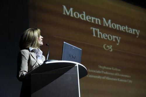 Stephanie Kelton: MMT economist and advisor to Senator Sanders